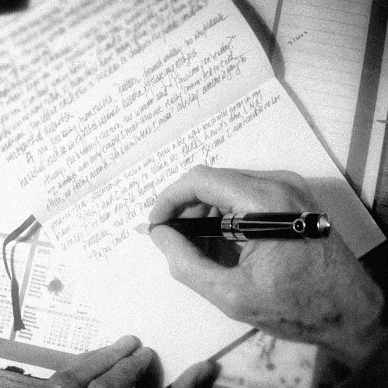 Jonathan Carroll writing with Schofield Pen