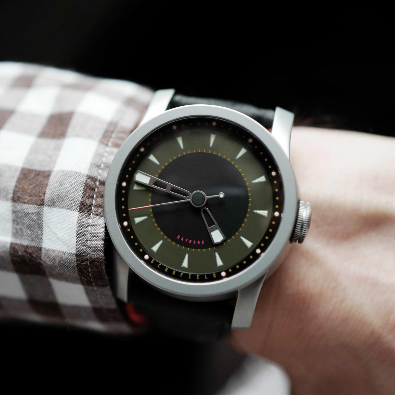 Daymark wristshot