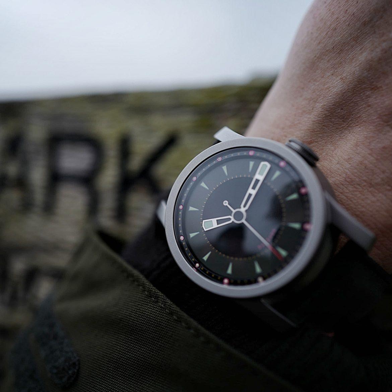 Daymark watch
