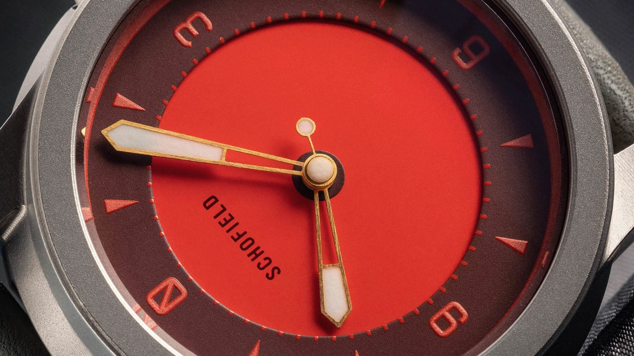 Stramge Lights red dial